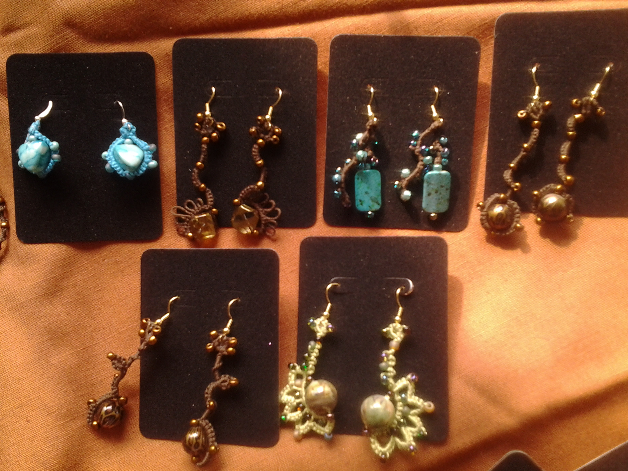Tatted jewelry samples.
